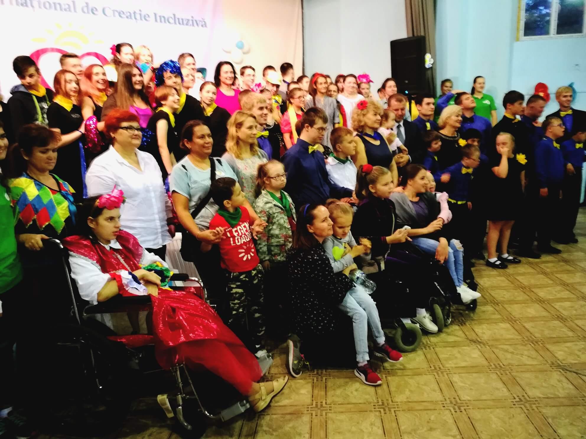 """Avocatul Poporului pentru protecția drepturilor copilului, Maia Bănărescu, a participat la prima ediție a Festivalului """"Bunătatea noastră să incălzească sufletele voastre """""""