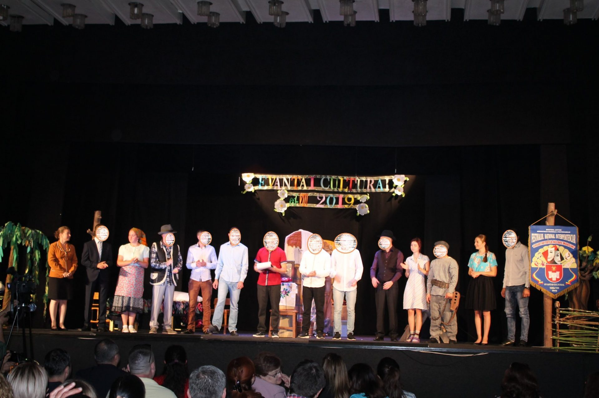 """Novel event conducted under the aegis of the children's rights ombudsperson – 11 minors of the Penitentiary no. 10 of Goian presented the piece """"Testamentul"""", put on during the inter-penitentiary festival """"Evantai cultural"""", the viiith edition"""
